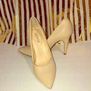 Guess Cream heels size 8
